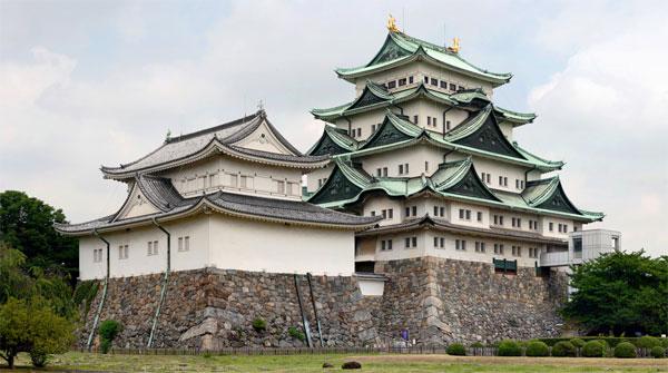 Императорский-дворец